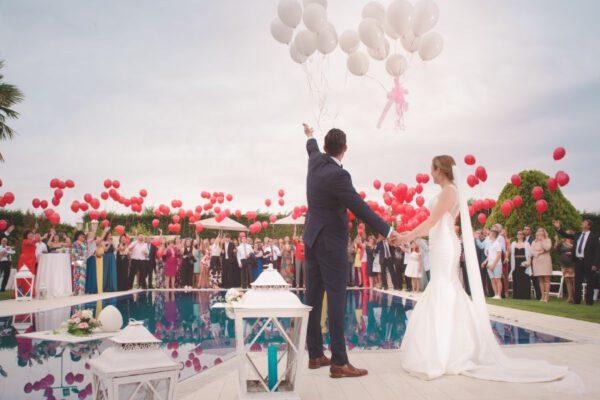 Trendy w modzie ślubnej