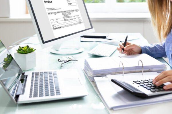 Kiedy korzystać z usług biura rachunkowego?